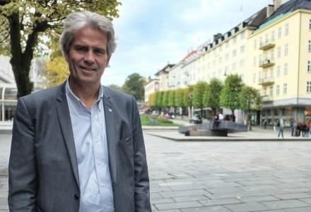 STERKERE LUT: Økt koordinering og styrket informasjonsflyt mellom offentlige etater er viktige element i den nye strategien, mener Jon Sandnes i BNL.  (Foto: Torgeir Hågøy)